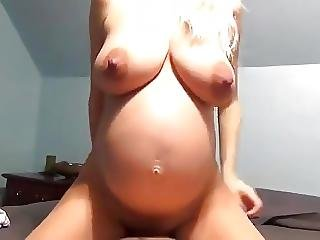 Hot Pregnant Blonde Great Creampie Fuck