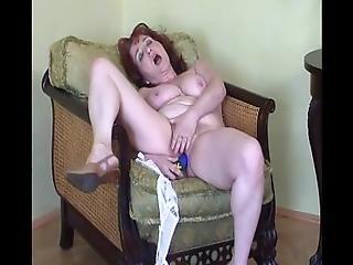 napalona, bielizna, masturbacja, dojrzała, ruda