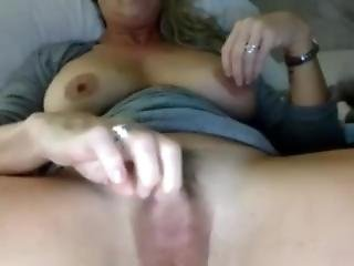 Webcam Big Clit Play (full Version)