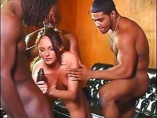 After Breaking Up With Her Bf...mary Gets Black Dick
