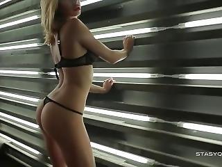 Blonde In Black Lingerie Dancing And Teasing In Erotic Pov Video