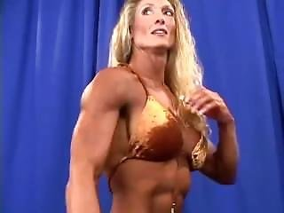 Gorgeous Muscle Babes Posing And Flexing