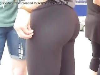 Candid Teen With Cute Bubble Butt In Black Leggings
