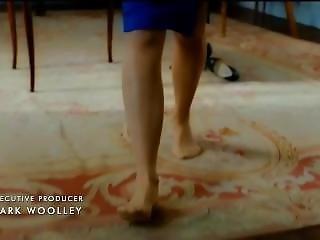 Naomi Watts Removing Pumps In Nylons Feet Legs