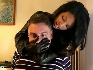 Handsmother With Leather Jacket And Gloves - Smothering In Leather