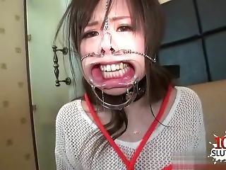 Horny Girl Extreme Penetration