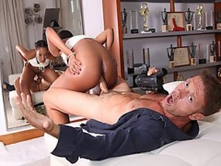 Chade Rose Ride Her Pussy On Top Of Rocco Siffredi