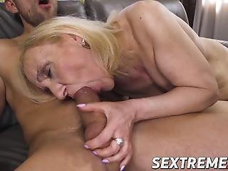 blondine, sperma, ladung, grossmutter, omi, Reife, nymphomanin, jung