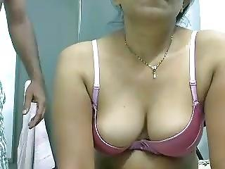 Desi Kinky Couple On Cam