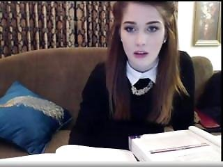 Schoolgril Studying And Showing Ass On Cam
