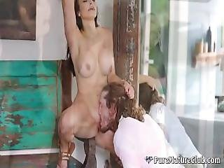 Perfect Milf Lexi Luna Seduces Room Service Delivery Guy