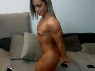 Hot Young Muscle Girl Shows Off