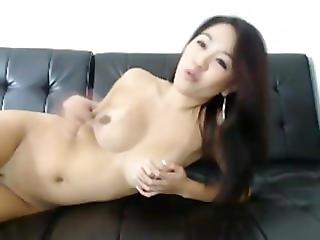 1fuckdatecom Asian cam girl with a hitachi