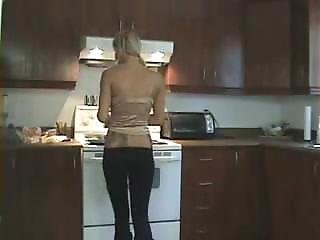 Naughty Sarah Kitchen Farts