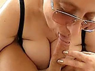 Tanya Amateur Older Woman With Big Mamaries Sucking Cock