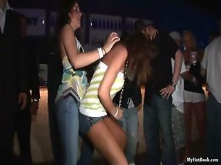 Night-club-flashers-13-scene 5