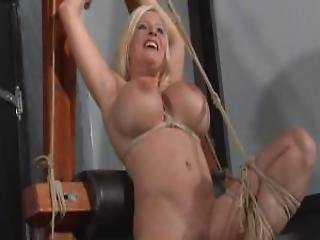 Bondage, Busty, φετίχ, γερμανικό, Hogtied, Kinky, τσούλα, υποτακτική, δεμένη