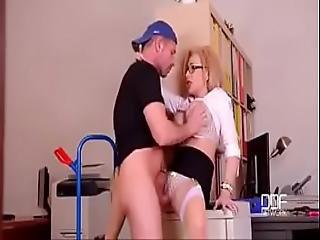 Handyman Fucks His Big Boobs Lovely English Master Chessie Kay