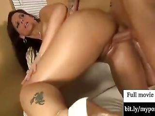 Syren De Mer Gets Her Pussy Hammered Hard