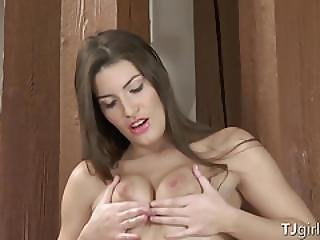 Hot Brunette Has A Gaping Pussy