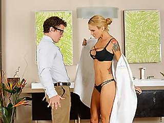 Hot And Blonde Sarah Jessie Gets Her Pussy Fucked By A Nerd Dude