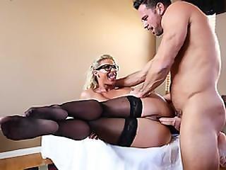 Dr. Marie Phoenix Started Pleasuring Her Patient Johnny