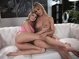 Hot Milf Cherie Fingers Teen Scarlett Sages Wet Pussy