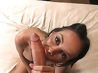 Experienced Stud Gives Slender Hottie A Good Fuck In Bed