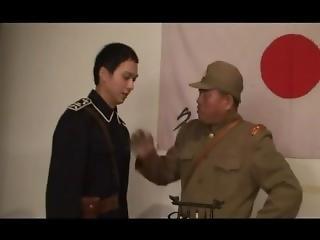 armáda, asiati, otroctví