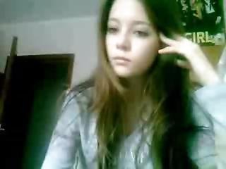 Cute Webcam Brunette Masturbating
