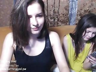 Www.find6.xyz Hot Kinsley_jones Flashing Boobs On Live Webcam