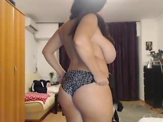 Bbw Camgirl Big-tits Dancing