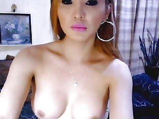 Large Love Muffins Lady-boy Masturbating On Webcam