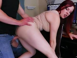 Impregnating Your Therapist: Lady Fyre Pov Milf