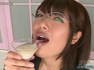 bottiglia, bukkake, fetish, giapponese, scuola, tette piccole, ingoia, uniforme