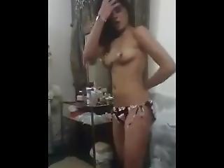Desi Teen Dancing