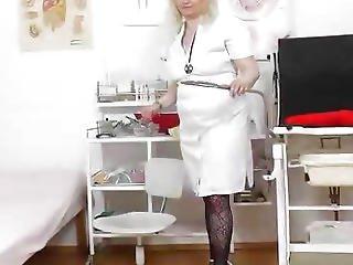 крупным планом, врач, больница, мастурбация, непослушный, медсестра, киска, зеркало, плевать, форма