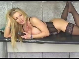 Babestation Lynda Leigh Stockings And Tits