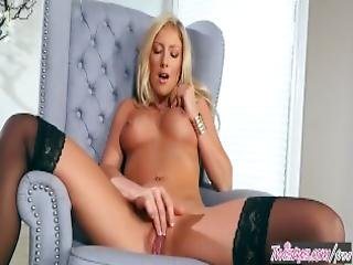 Twistys Kathrynn St Croixx Starring At Blondy Cant Sit Down