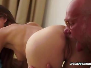 Tanned Daddy Gets Juicy Bj