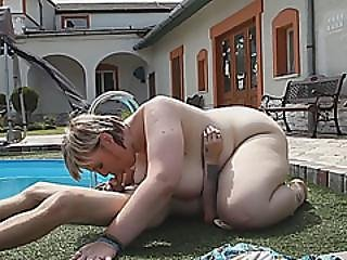 Blonde Bbw Get Pussy Licked By Poolboy At Her Backyard