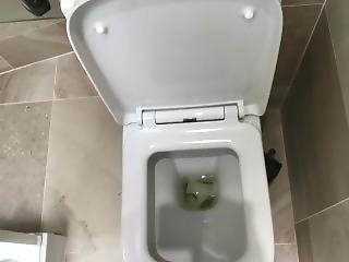 Sophia Smith Nude Naked Pee Pissing Toilet Fetish