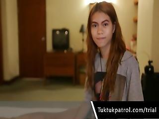 White Tourist Dude Gets A Nice Blowjob From Petite Asian Thai Girl At Tuktok Patrol