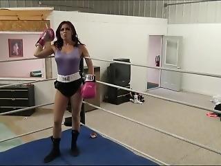 Goldie Boxing Sarah