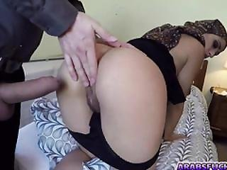 Sweet Hot Babe Lucia Sucking Large Massive Dick For Pleasure
