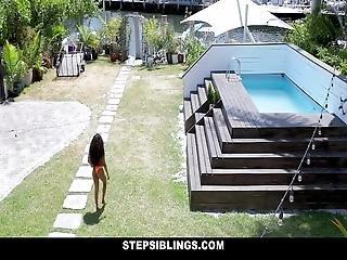 Stepsiblings - Soft Ebony Teen Gives Stepbro A Handy