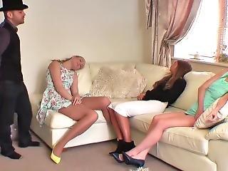 3 Girls Hypnotized
