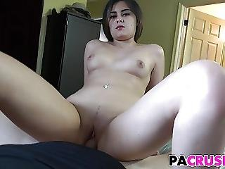 Big Booty Stepdaughter Gets Fucked
