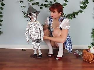 Dorothy Squirts On The Tin Man