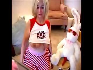 X Videos Zoe Happy Easter Webcam 2017